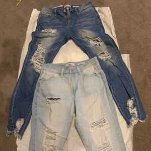 2 pairs of ripped jeans